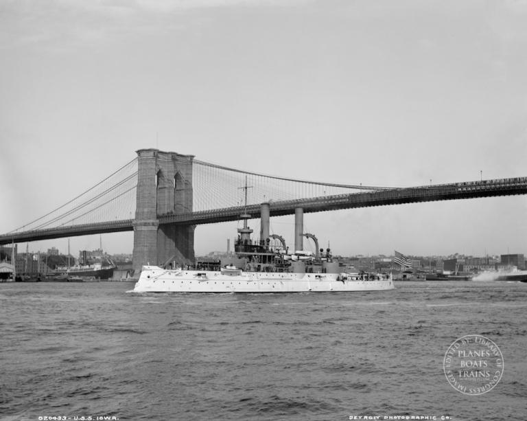 USS Iowa-Edit